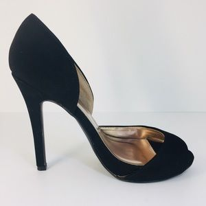 BLACK PUMPS BY CHARLOTTE RUSSE SIZE 8
